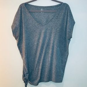 GapFit Breathe - Side knotted Tee - Size M
